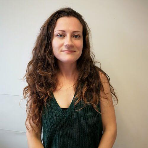 אניה שפובל - מנהלת שיווק ופרסום